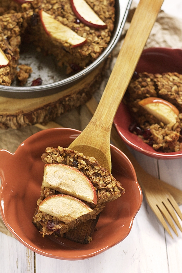 Sometimes we focus so much on our holiday dinner that we forget about breakfast. These 10 healthy holiday breakfast recipes are decadent AND healthy!